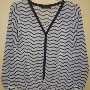 Black and white sz L Button Down shirt